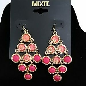 *3 FOR $10* NWT MIXIT EARRINGS - PINK